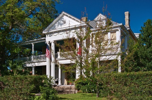 McFaddin McCan House, Neoclassical Revival style 1908, historic district near center of Victoria, Texas, USA : Stock Photo