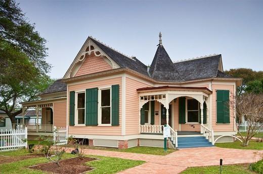 Simon Gugenheim House 1905, Victorian style, Heritage Park at Corpus Christi, Gulf Coast, Texas, USA : Stock Photo