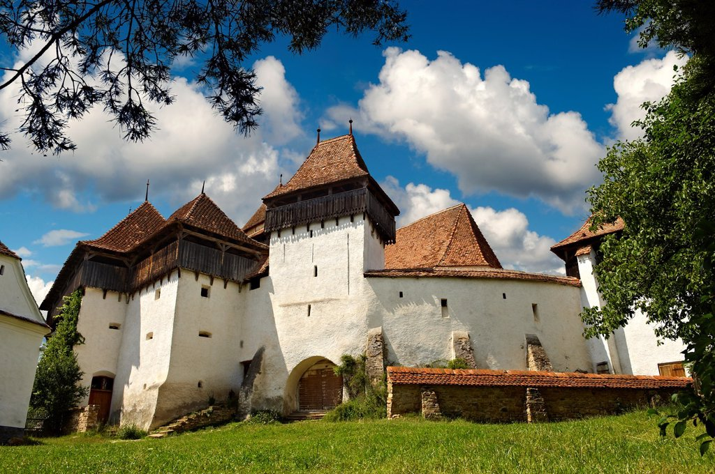 Stock Photo: 1566-1168228 Front view of the Szekly medieval fortified church of Viscri, Bunesti, Brasov, Transylvania. Started in the 1100´s. UNESCO World Heritage Site