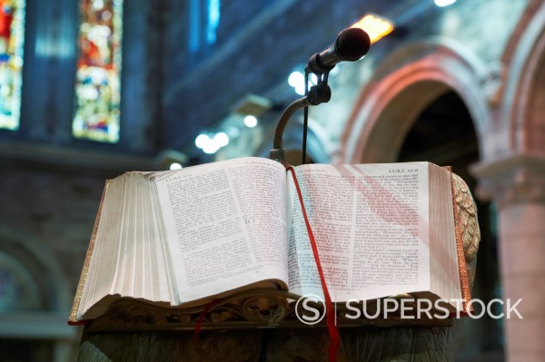 Stock Photo: 1566-1168589 bible left open at the gospel according to st mark cathedral belfast northern ireland uk