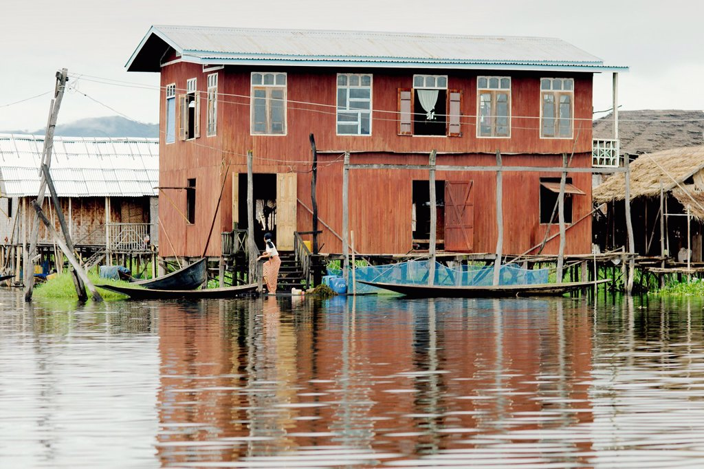 Houses in the middle of Inle lake : Stock Photo