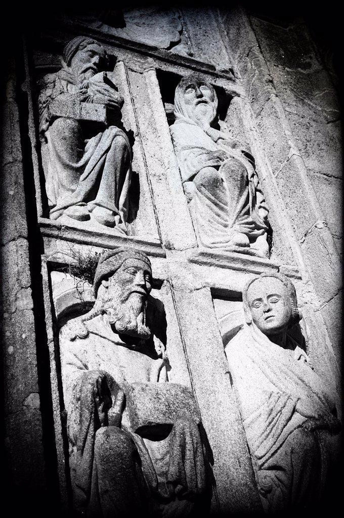 Stock Photo: 1566-1171578 Apóstoles de la fachada de la Catedral e Santiago de Compostela, Coruña, Galicia, España , Apostle of the facade of the Cathedral and Santiago de Compostela, Coruña, Galicia, Spain
