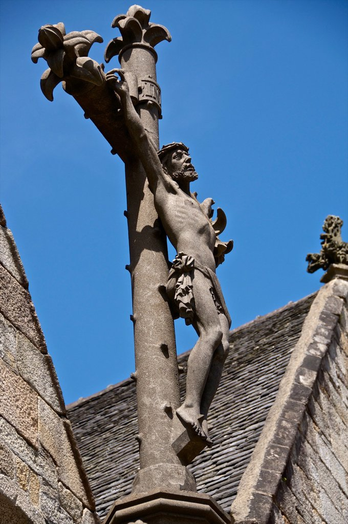 Crucifiction of Christ, stone, St Melaine church, 15th c , outside, Morlaix, 29, Finistere, Brittany, France : Stock Photo