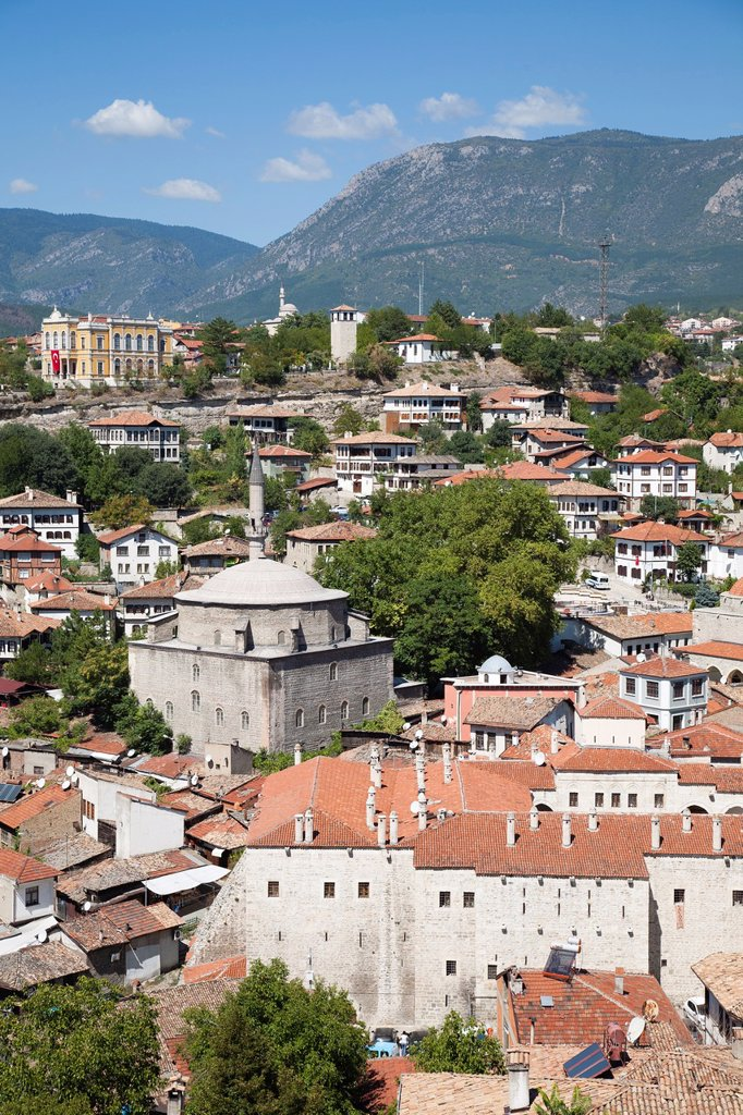 Stock Photo: 1566-1172608 asia, turkey, central anatolia, ancient town of safranbolu, view with koprulu mehmet camii and old government building now city history museum, and the caravansary cinci hani