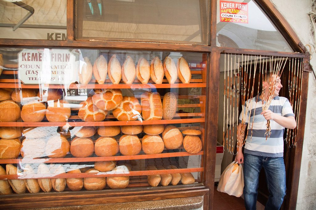 asia, turkey, central anatolia, ancient town of safranbolu, bakery, bread : Stock Photo