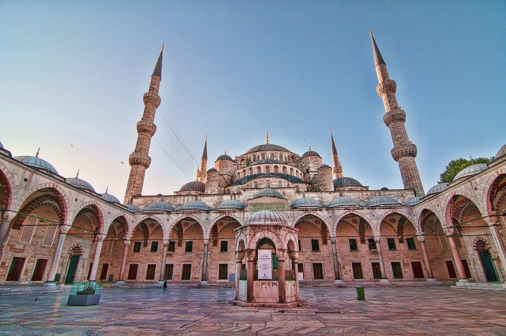 Stock Photo: 1566-1175833 The Blue Mosque Sultanahmet Mosque, symbol of Istanbul, Turkey