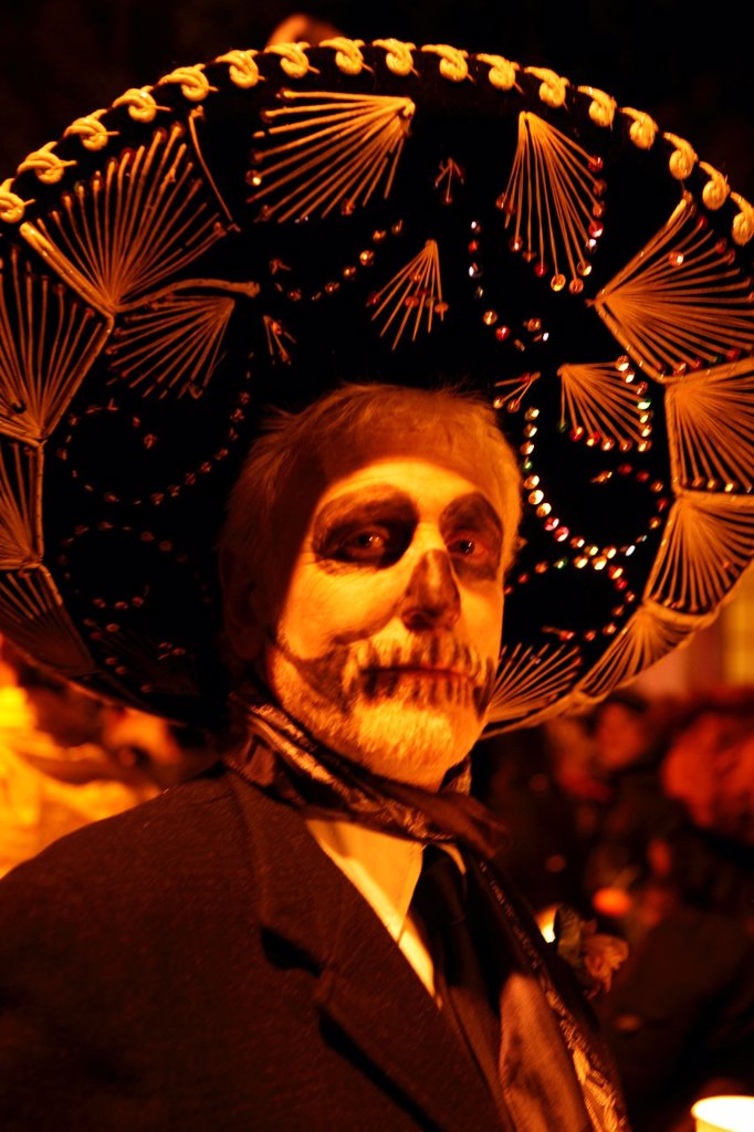 Dia de los Muertos is a Meso-American tradition dedicated to the ancestors which honors both death and the cycle of life  The celebration acknowledges that we still have a relationship with our ancestors and loved ones that have passed away  In San Franci. Dia de los Muertos is a Meso-American tradition dedicated to the ancestors which honors both death and the cycle of life  The celebration acknowledges that we still have a relationship with our ancestors and loved ones that have passed away  I : Stock Photo