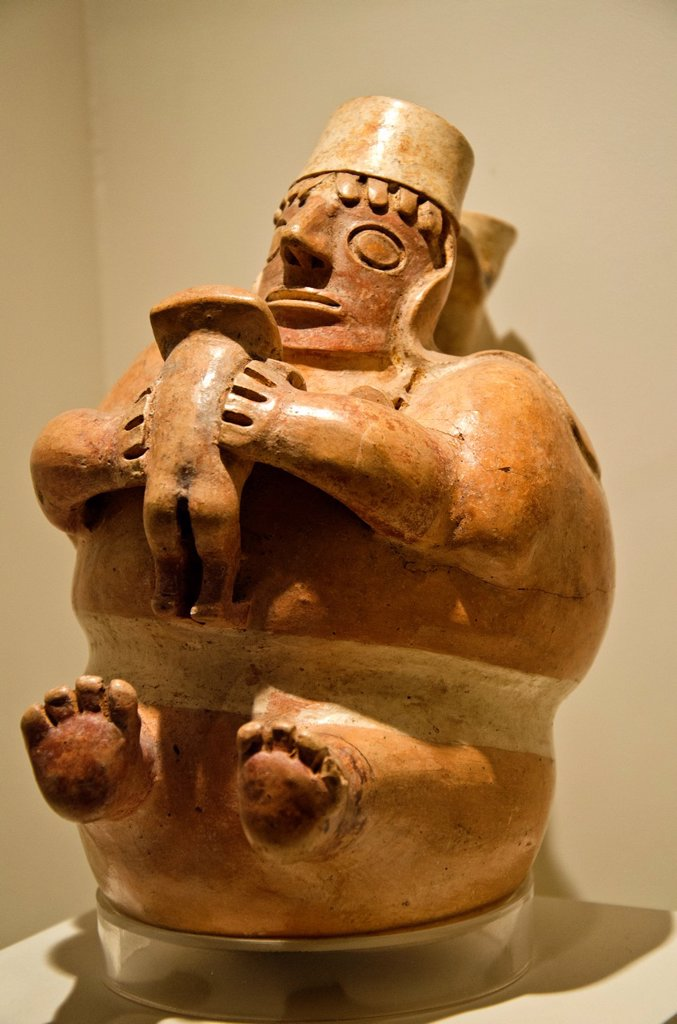 Ceramic vessel, erotic art  Virú culture 100BC-200AC  Perú : Stock Photo