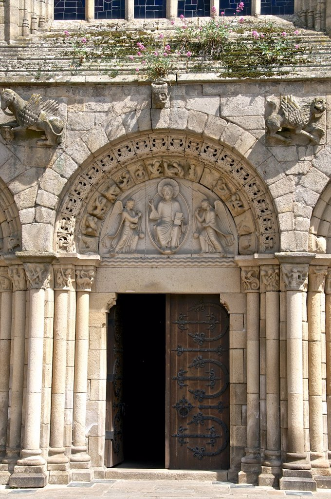 Stock Photo: 1566-1179527 Main porch of St Sauveur Basilica 12th/15th c  exterior Tomb of the heart of Dugesclin, Dinan, Cotes d´Armor 22, Brittany, France