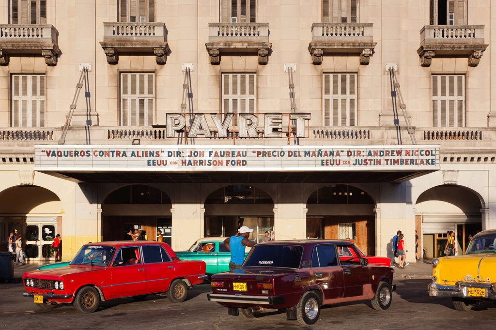 Cuba, Havana, Havana Vieja, parking area outside the Capitolio Nacional : Stock Photo