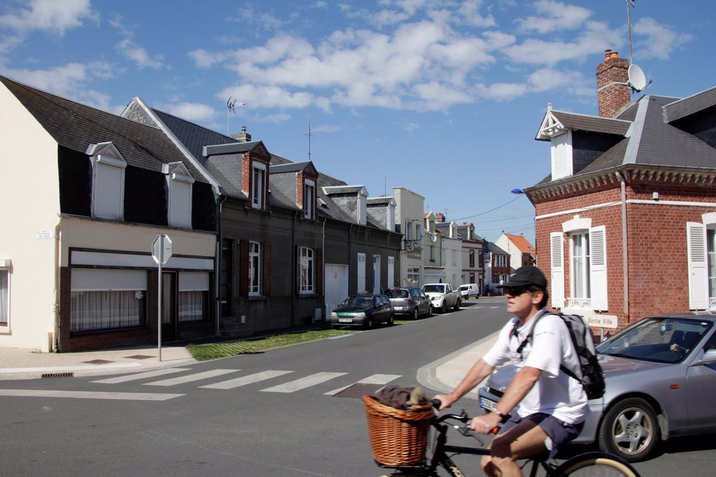 Stock Photo: 1566-1183767 person riding bike in crotoy france