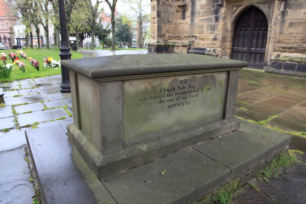 Stock Photo: 1566-1187288 Grave of Elihu Yale, namesake of Yale University, St Giles Parish Church, Wrexham, Clwyd, North Wales, UK