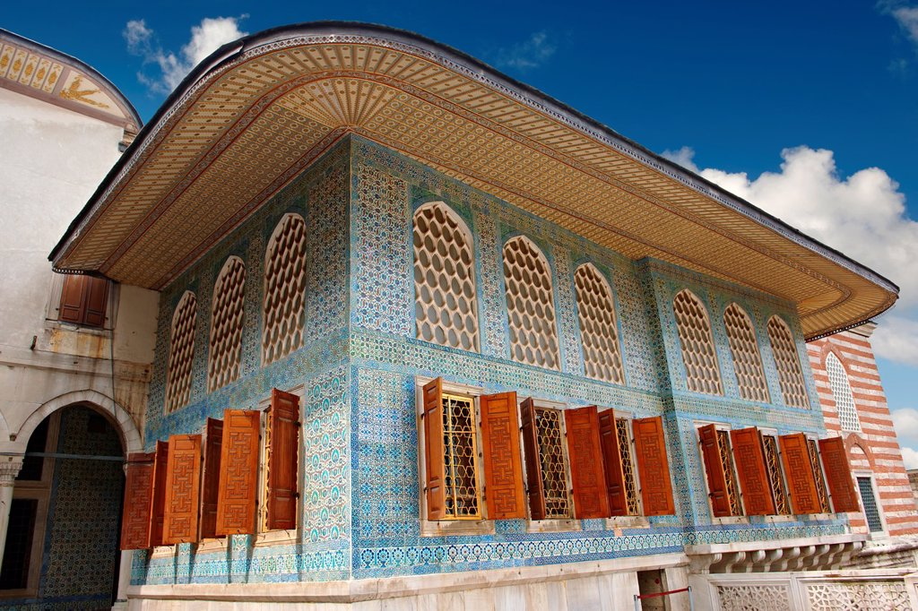 Stock Photo: 1566-1192133 The 17th century Ottoman Style Twin Kiosk or Apartments of the Crown Prince dating from the reign of Sultan Murat III, finished in znik tiles  Topkapi Palace Istanbult