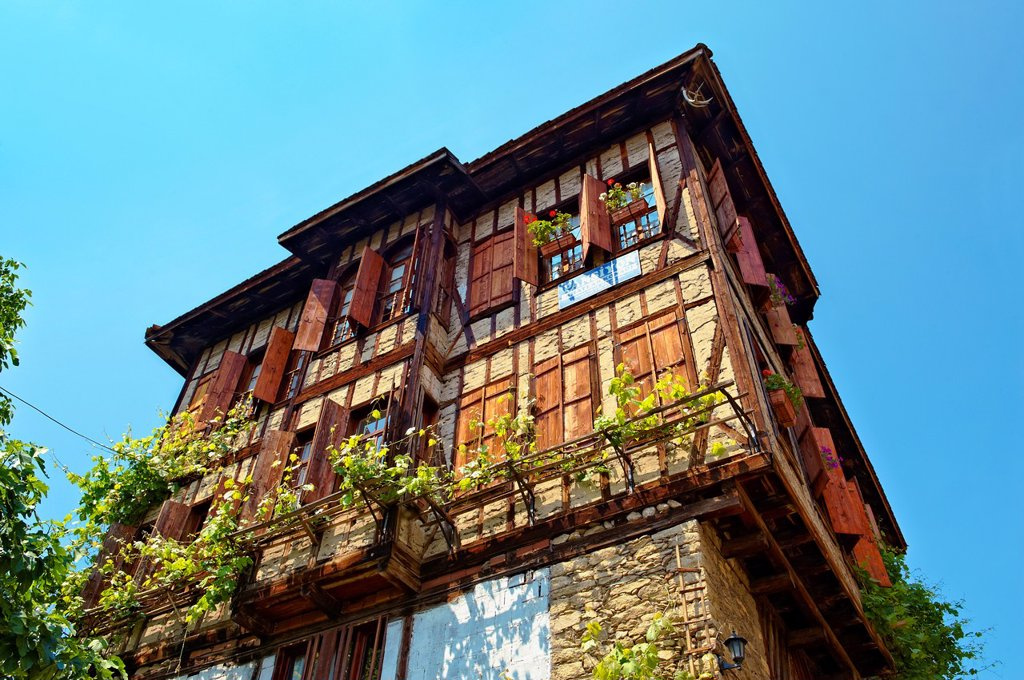 Ottoman style houses of Safranbolu, Turkey  Safranbolu´s architecture influenced urban development throughout much of the Ottoman Empire and was a major centre of the saffron Trade  UNESCO World Heritage Site : Stock Photo