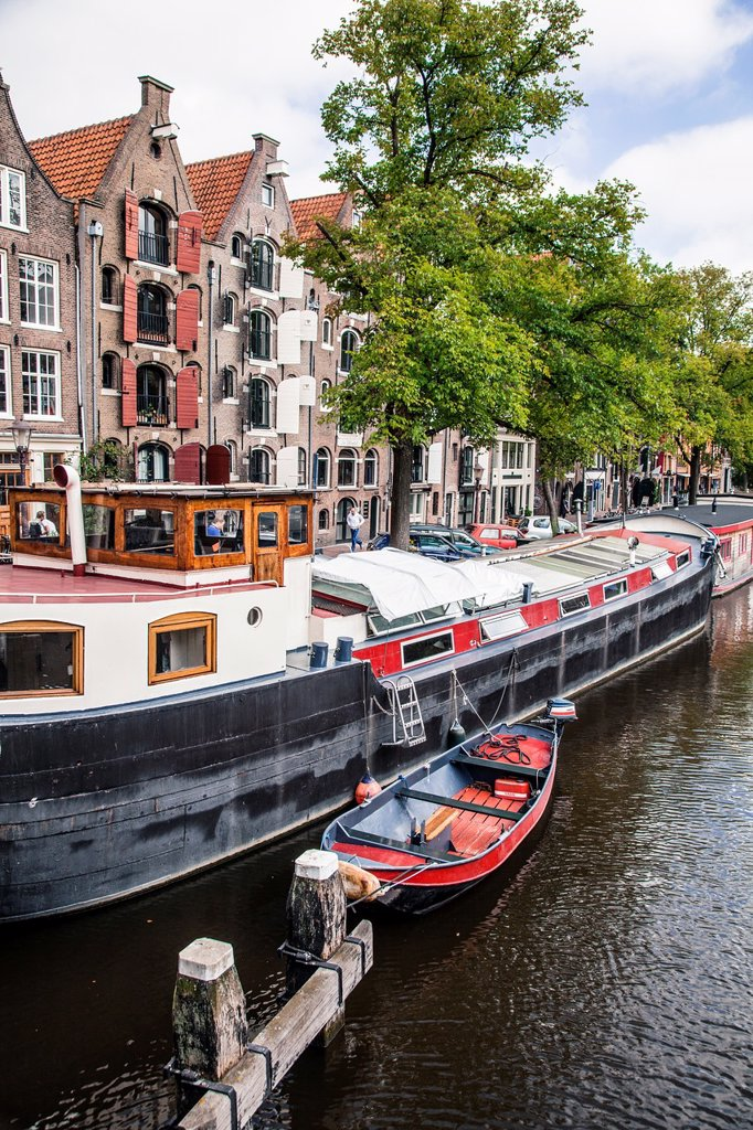 Stock Photo: 1566-1193009 Brouwersgracht canal in Jordaan district in Amsterdam, Netherlands