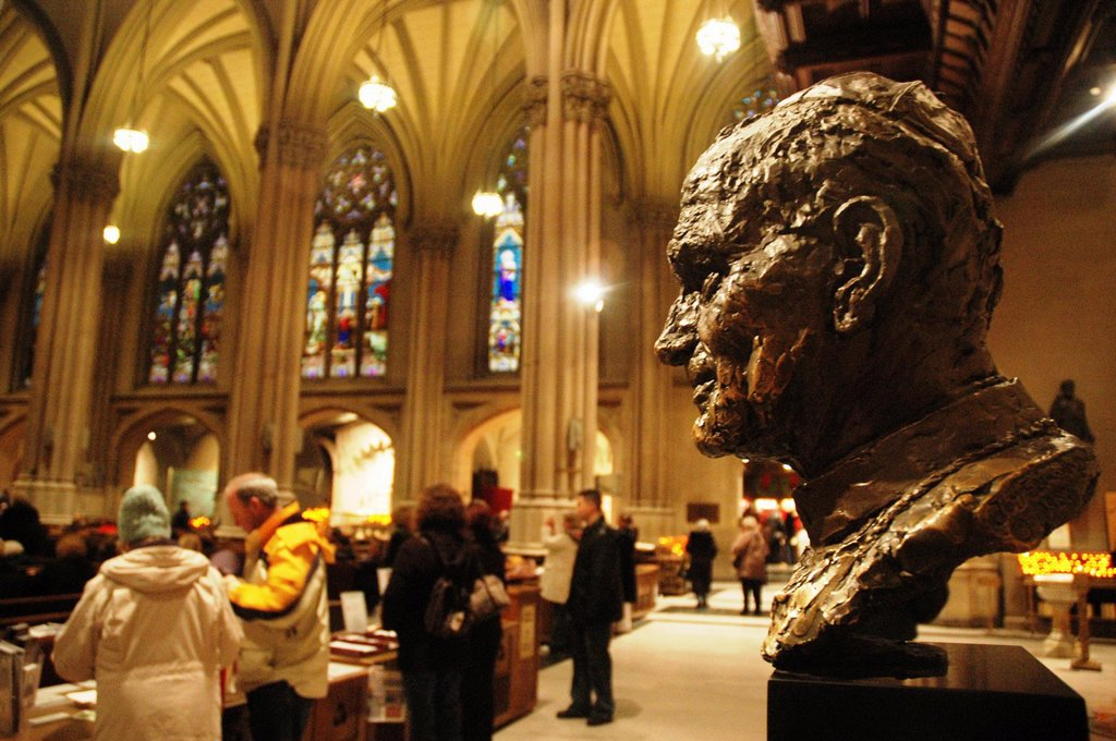 Stock Photo: 1566-1197952 New York City, Pope John Paul II's statue, St  Patrick´s Cathedral, Midtown Manhattan