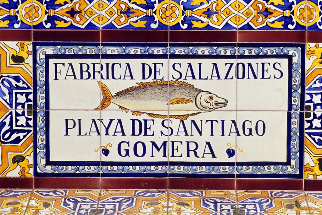 advertising ceramics adorning bench on the Plaza de los Patos at Santa Cruz, Tenerife, Canary Islands, Atlantic Ocean : Stock Photo