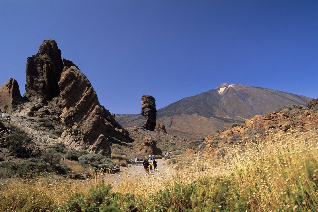 Stock Photo: 1566-1198821 Roque Cinchado, Roques de Garcia, Caldeira de las Canadas, Mount Teide, National Park, Tenerife, Canary Islands, Atlantic Ocean