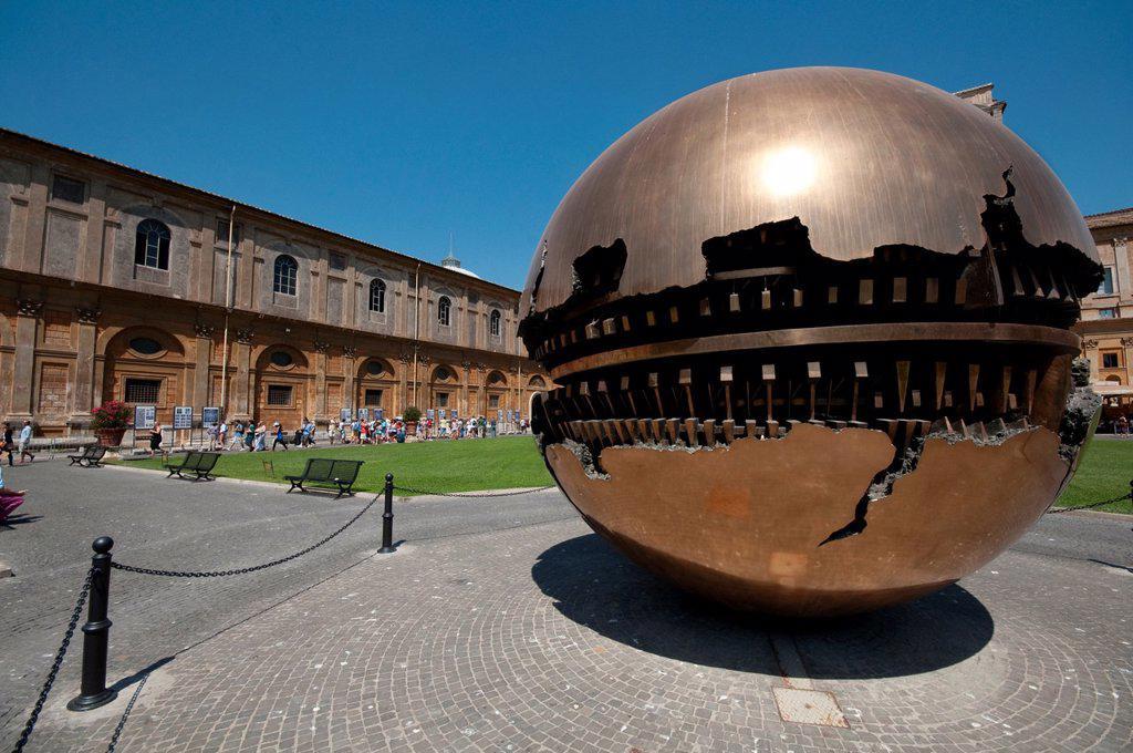 Stock Photo: 1566-1200406 Italy, Lazio, Rome, Vatican, Musei Vaticani, Cortile della Pigna, the Sfera By Arnaldo Pomodoro Artist