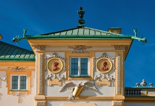 East side of alcove tower decorated with Polish eagle and medallions at Wilanów Palace in Warsaw, Poland : Stock Photo