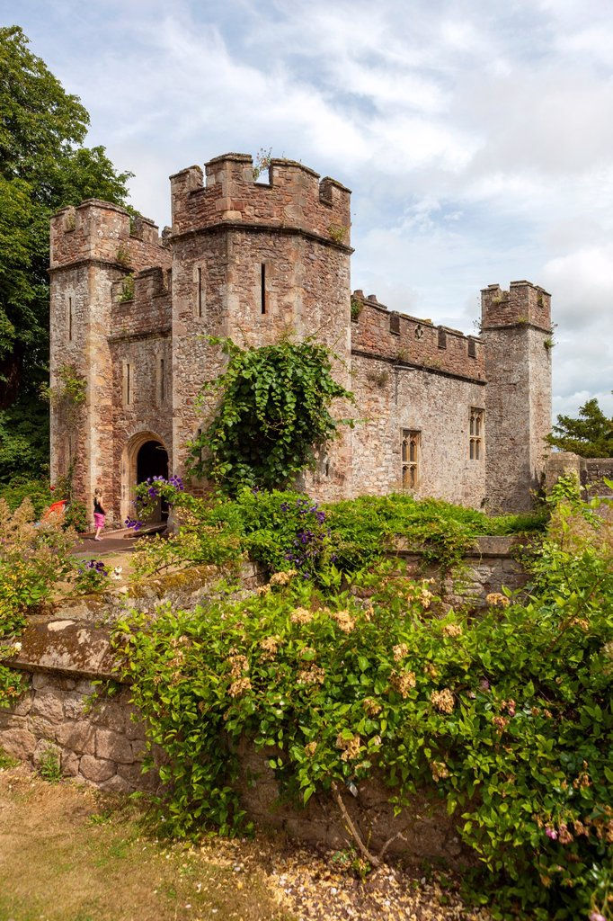 The 14th-century Great Gatehouse, Dunster Castle, Somerset, England, UK, Europe : Stock Photo