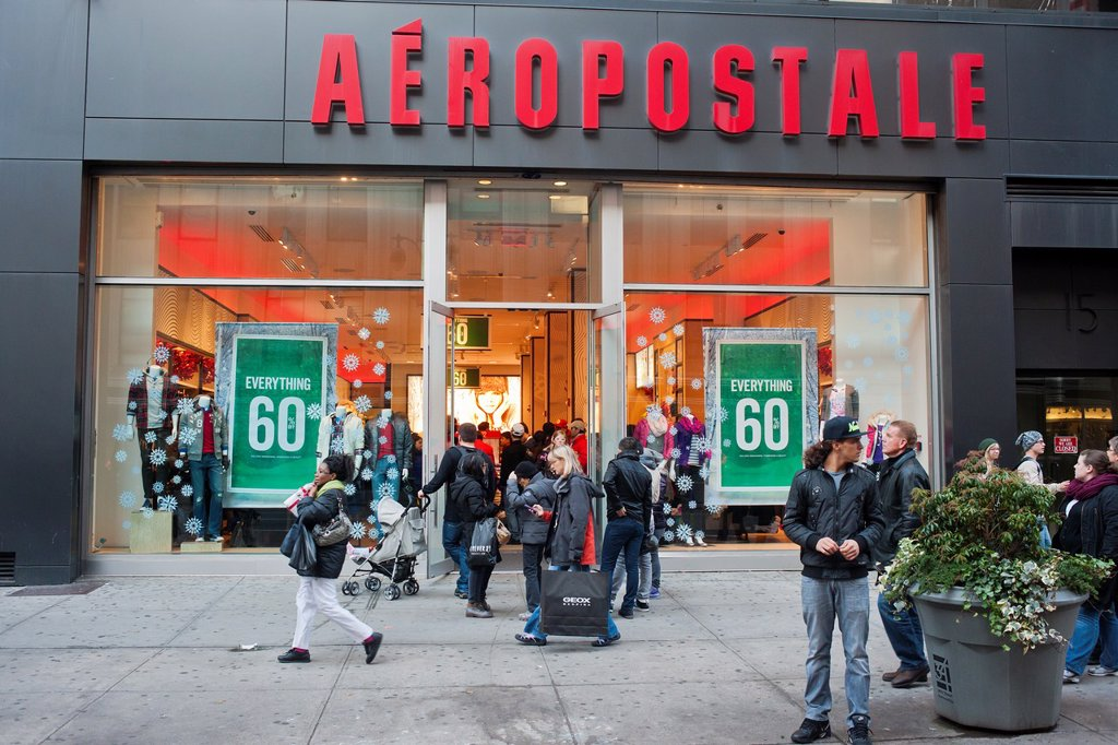 Stock Photo: 1566-1201384 Shoppers outside the Aeropostale store in the Herald Square shopping district in New York on Thanksgiving Day Many retailers are opening their doors on Thanksgiving Day and some people are calling the day Grey Thursday