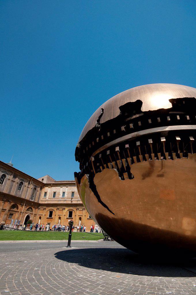 Stock Photo: 1566-1201702 Italy, Lazio, Rome, Vatican, Musei Vaticani, Cortile della Pigna, the Sfera By Arnaldo Pomodoro Artist