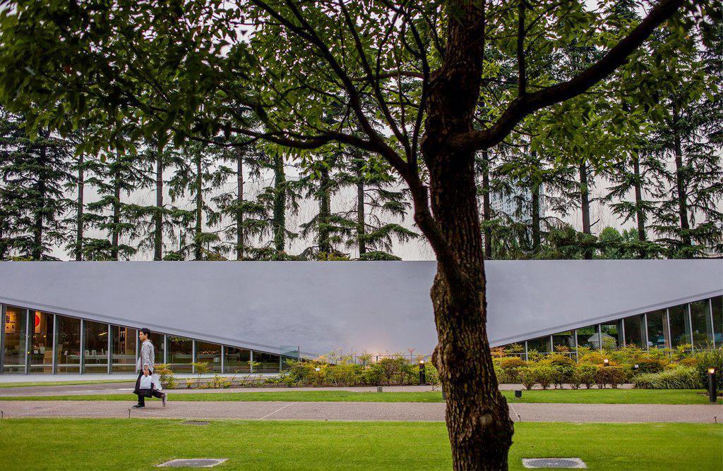 Stock Photo: 1566-1202152 21-21 design sight in Hinokicho park, in Tokyo midtown, in roppongi, tokyo, japan