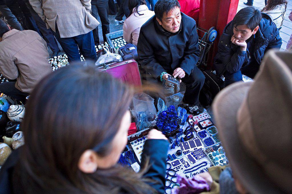Stock Photo: 1566-1202208 Jewelry store in Panjiayuan market,Beijing, China