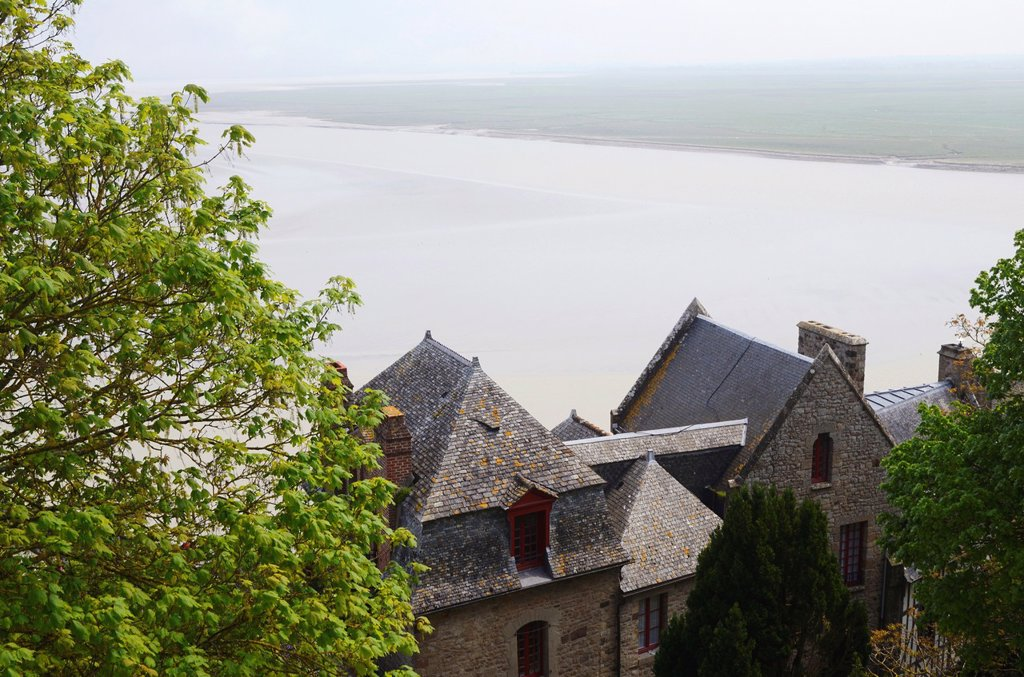 France, Normandy, Manche, bay of Mont-Saint-Michel on the world heritage list of UNESCO, the Mont-Saint-Michel, traditional houses in the village : Stock Photo