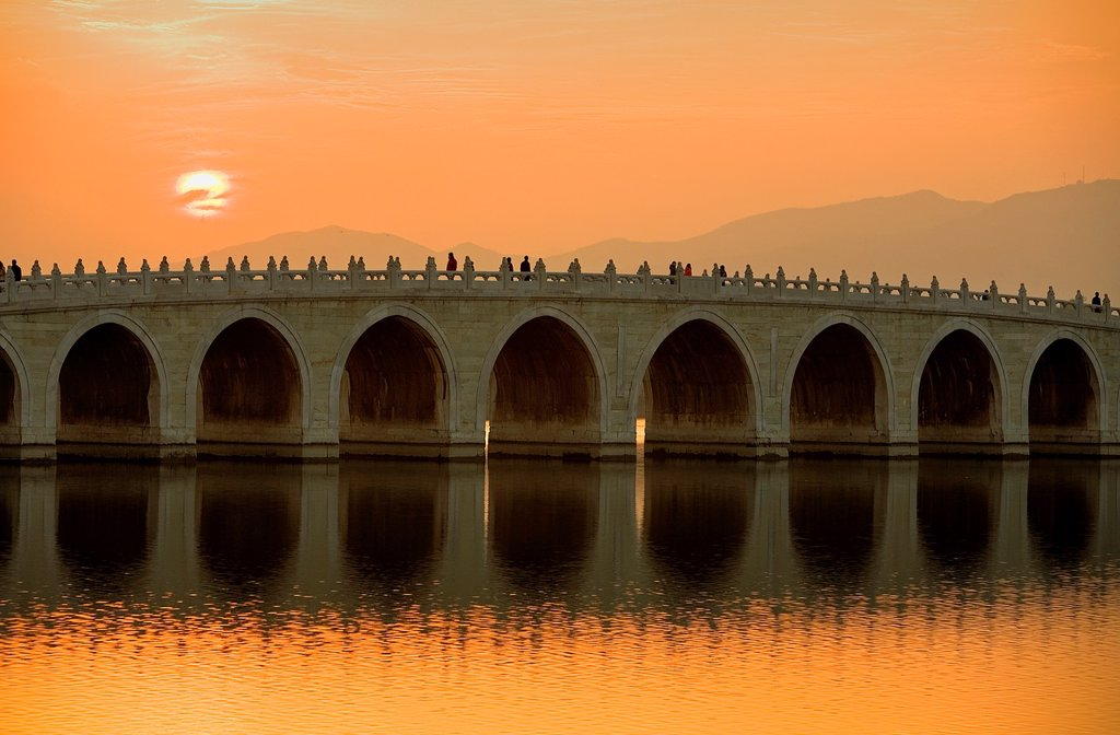Stock Photo: 1566-1203290 Summer Palace, in Kunming Lake  Seventeen arch bridge,Beijing, China