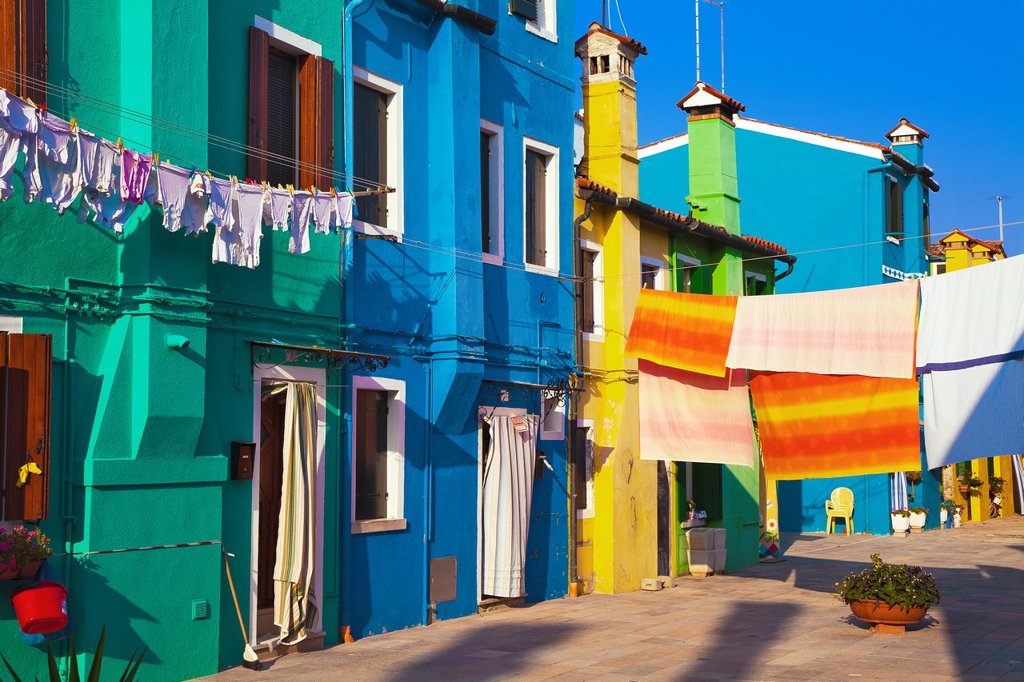 Stock Photo: 1566-1203710 Italy, Venice, Burano, village and household linen