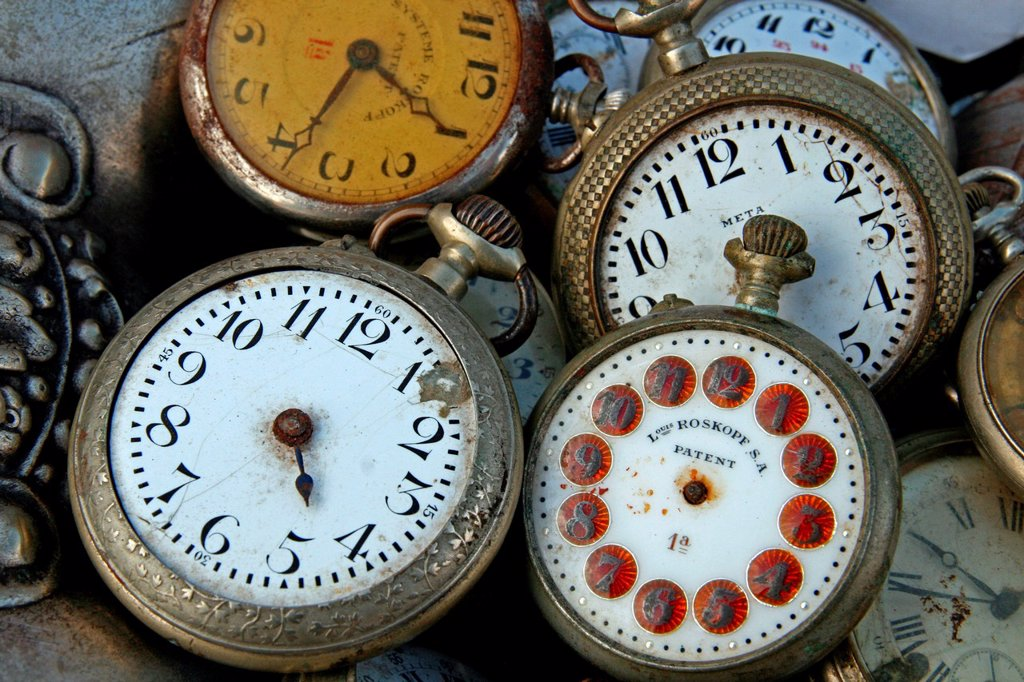 Stock Photo: 1566-1204068 antique clocks
