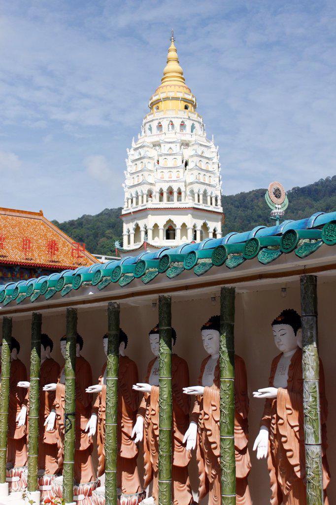 Ban Po Tha Pagoda 10000 Buddhas, Kek Lok Si Temple complex, Penang, Malaysia. : Stock Photo
