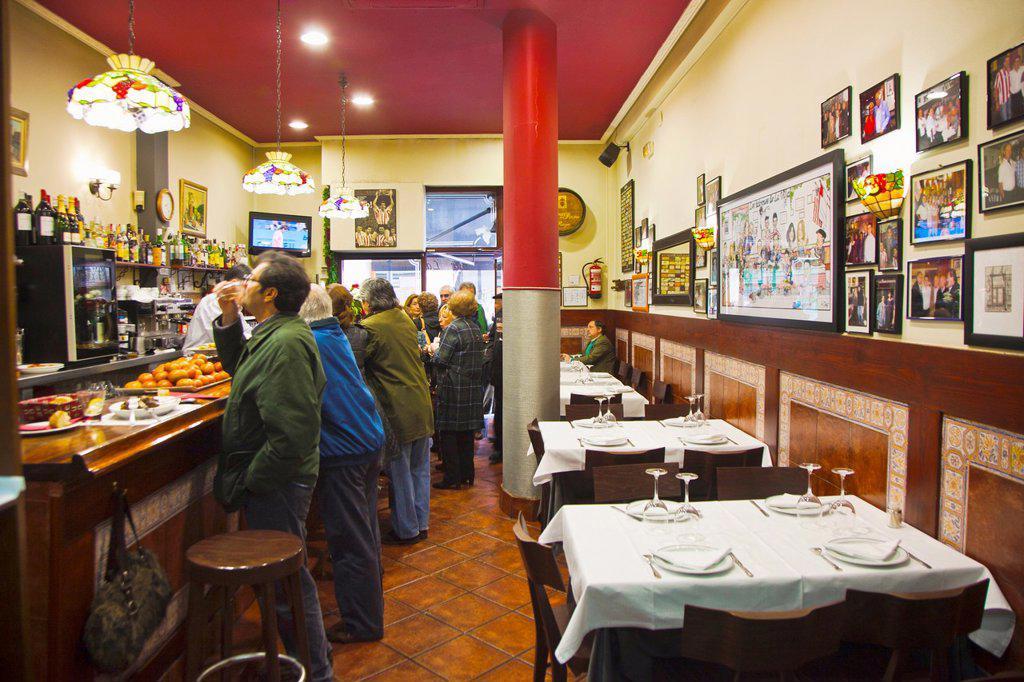 Stock Photo: 1566-1212393 La Viña de Henao Restaurant. Bilbao. Bilbo. Bizkaia. Vizcaya. Pais Vasco. Euskadi. Basque Country. Spain.