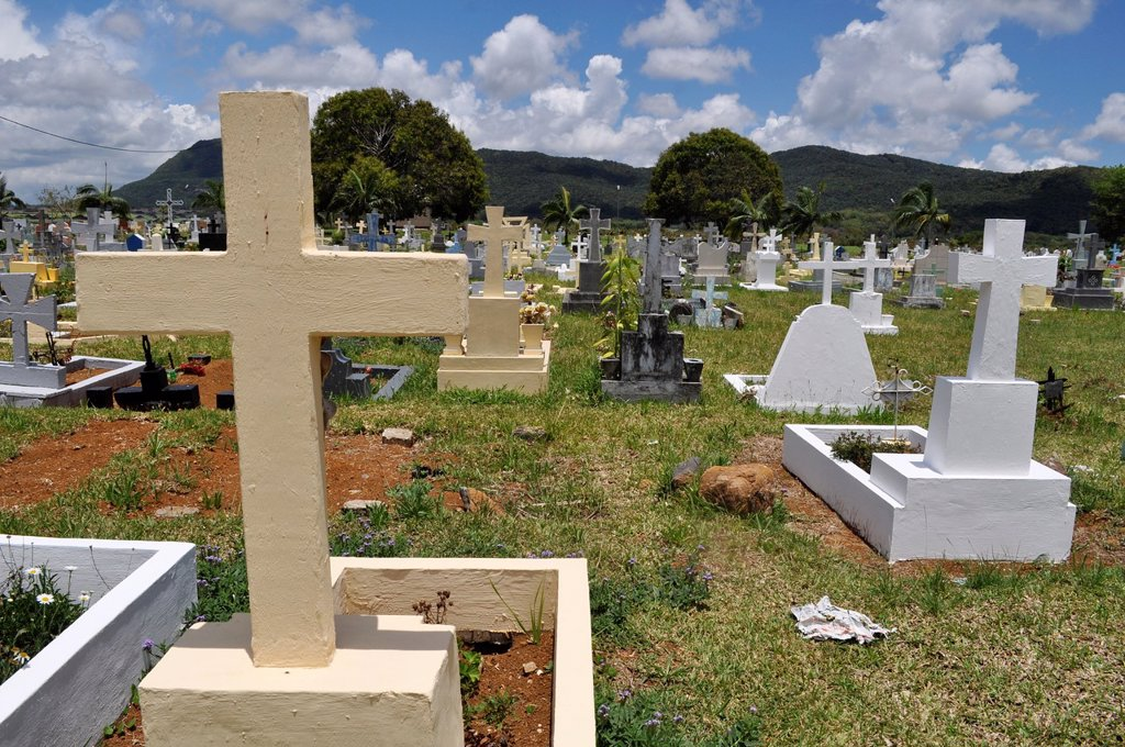 Mauritius, Christian cemetery in the inner part of the island : Stock Photo