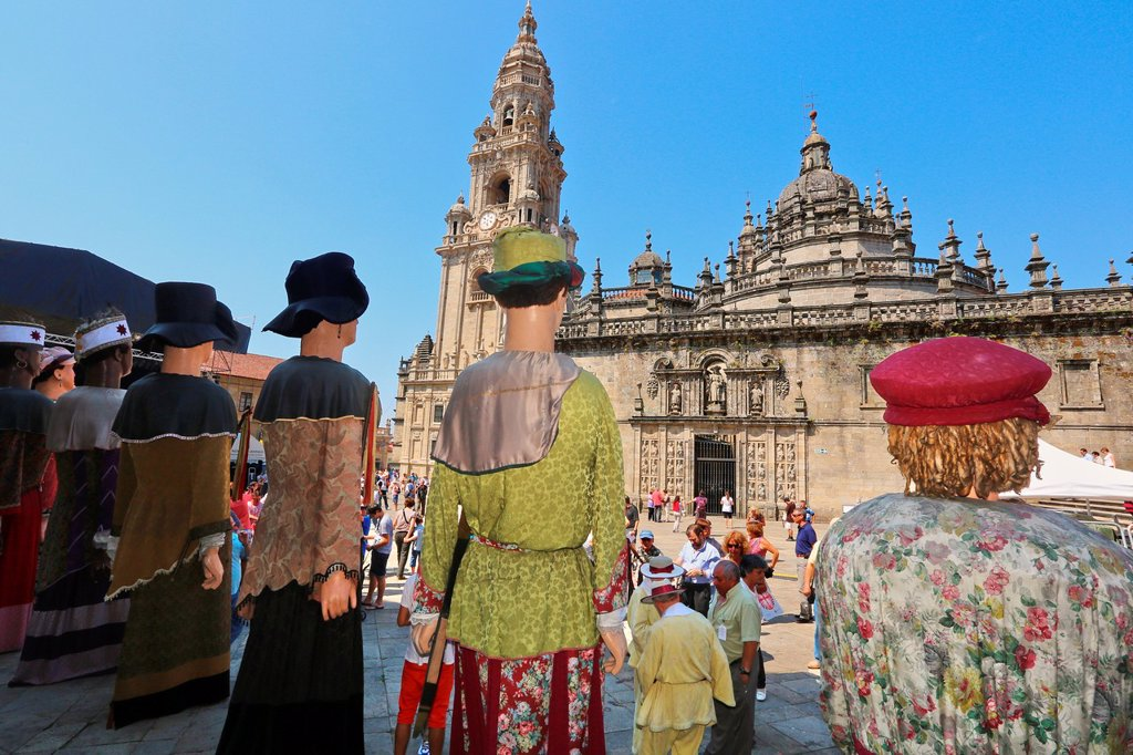 Galician folklore, Feast day of Santiago, July 25, Catedral, Praza da Quintana, Santiago de Compostela, A Coruña province, Galicia, Spain : Stock Photo