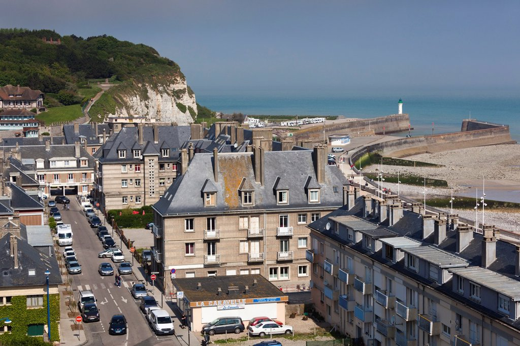 Stock Photo: 1566-1217539 France, Normandy Region, Seine-Maritime Department, St-Valery en Caux, elevated town view