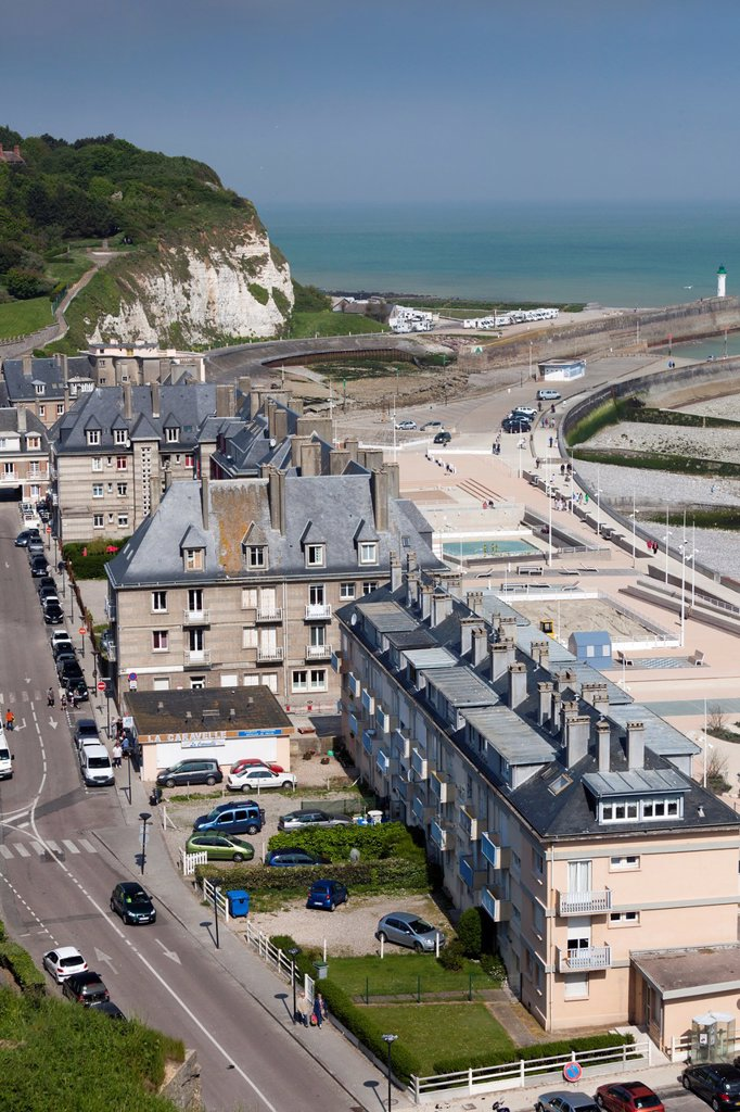 Stock Photo: 1566-1217542 France, Normandy Region, Seine-Maritime Department, St-Valery en Caux, elevated town view