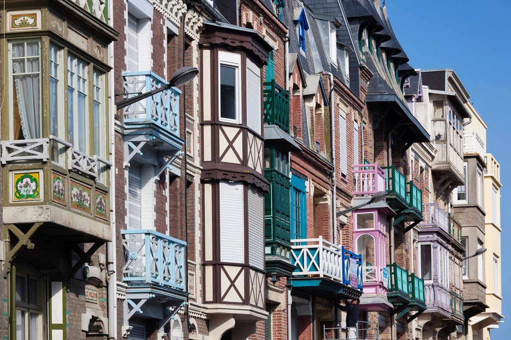 Stock Photo: 1566-1217593 France, Normandy Region, Seine-Maritime Department, Mers Les Bains, colorful seaside resort buildings