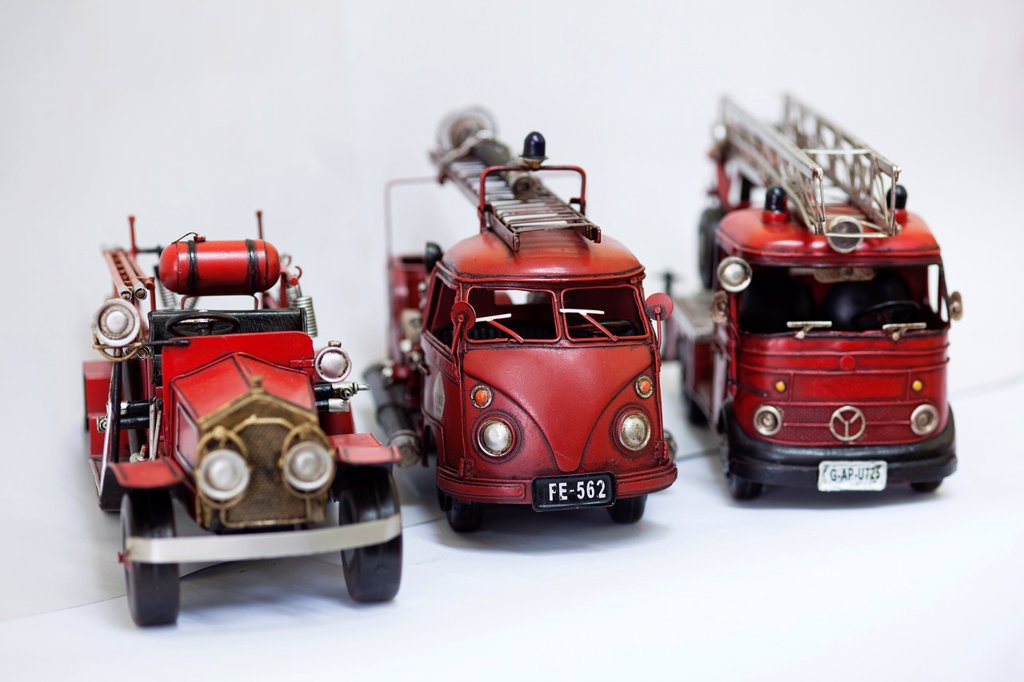 Stock Photo: 1566-1218803 Antique model fire engines