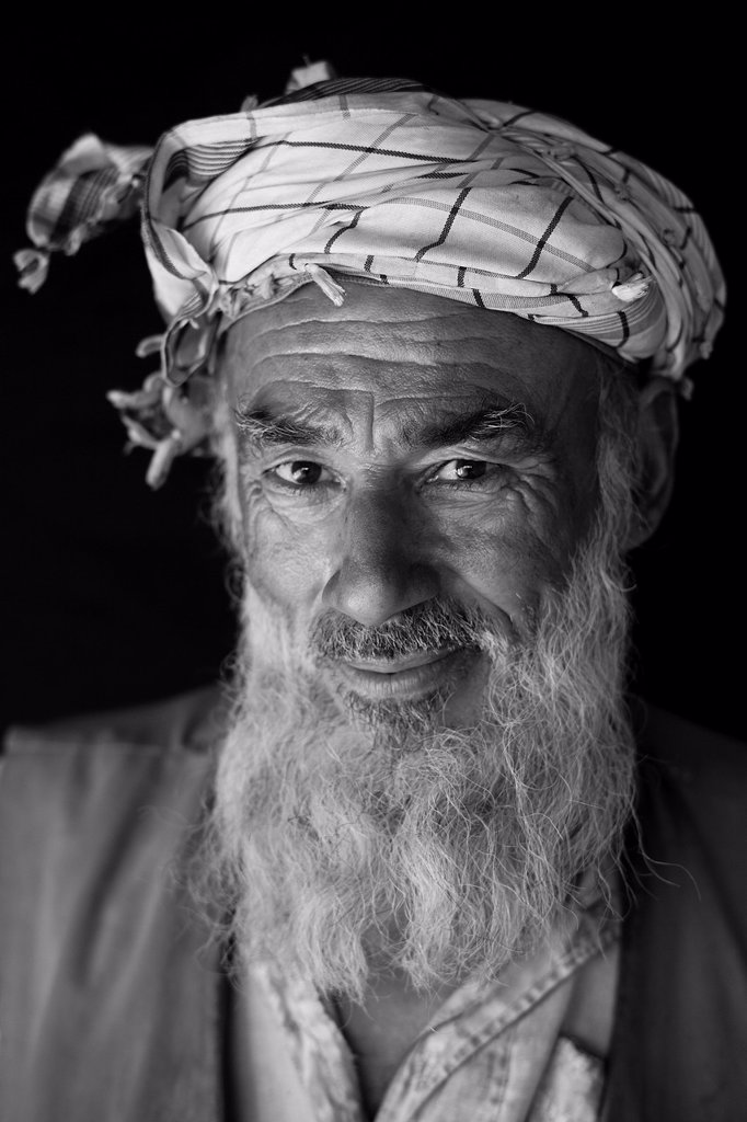 Stock Photo: 1566-1220431 portrait of an Afghan old man