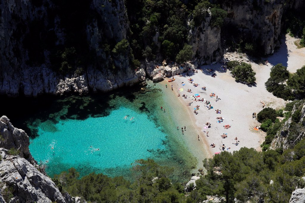 Stock Photo: 1566-1221654 The calanques of En Vau, Cassis, Bouches du Rhône, 13, PACA, France.