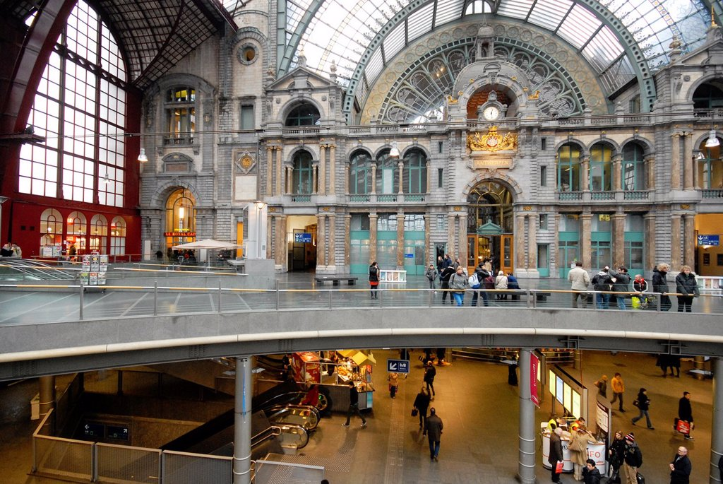 The monumental station of Antwerpen, Belgium : Stock Photo