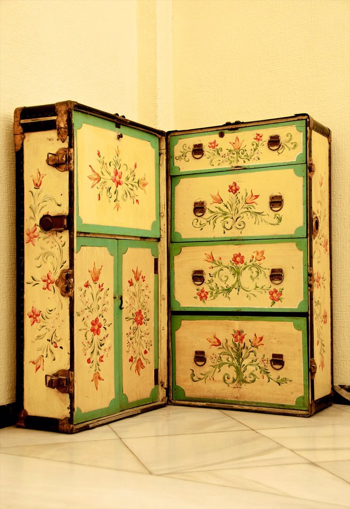 Stock Photo: 1566-1226846 Ancien decorated travel trunk, Dona Maria hotel, Seville, Andalusia, Spain