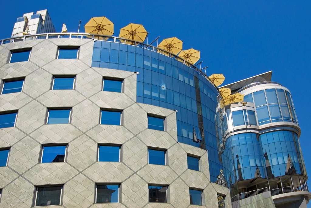 Stock Photo: 1566-1232785 Vienna, Austria  Haas Haus Hans Hollein, 1990