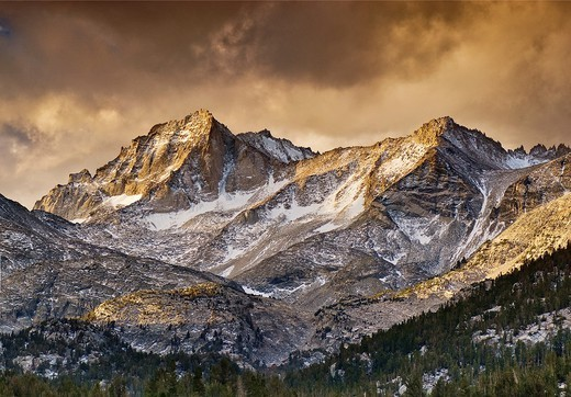 Bear Creek Spire, Mt Dade over Little Lakes Valley, John Muir Wilderness, Inyo National Forest, Eastern Sierra Nevada, California, USA : Stock Photo