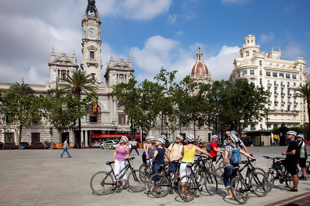 Stock Photo: 1566-1248170 Spain, Valencia, plaza de l´Ayuntamiento.