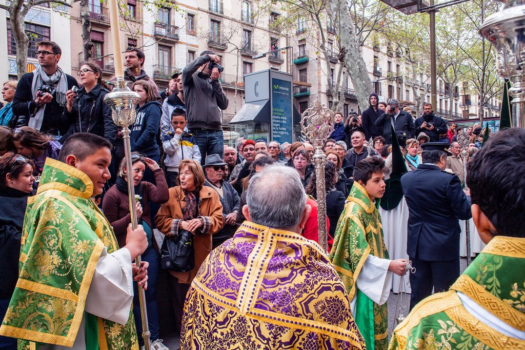 Stock Photo: 1566-1258640 procession, sisterhood of Jesus del Gran Poder y virgen de la Macarena, Statue usually in the San Agustin church, Good Friday, Easter week, La Rambla, Barcelona, Catalonia, Spain