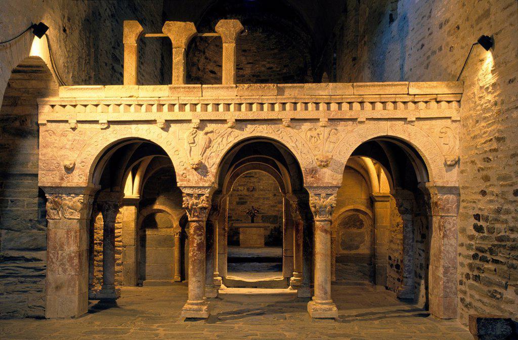 Marble tribune, Prieure de Serrabone, Boule d'Amont, Eastern Pyrenees, Languedoc-Rousillon, France : Stock Photo